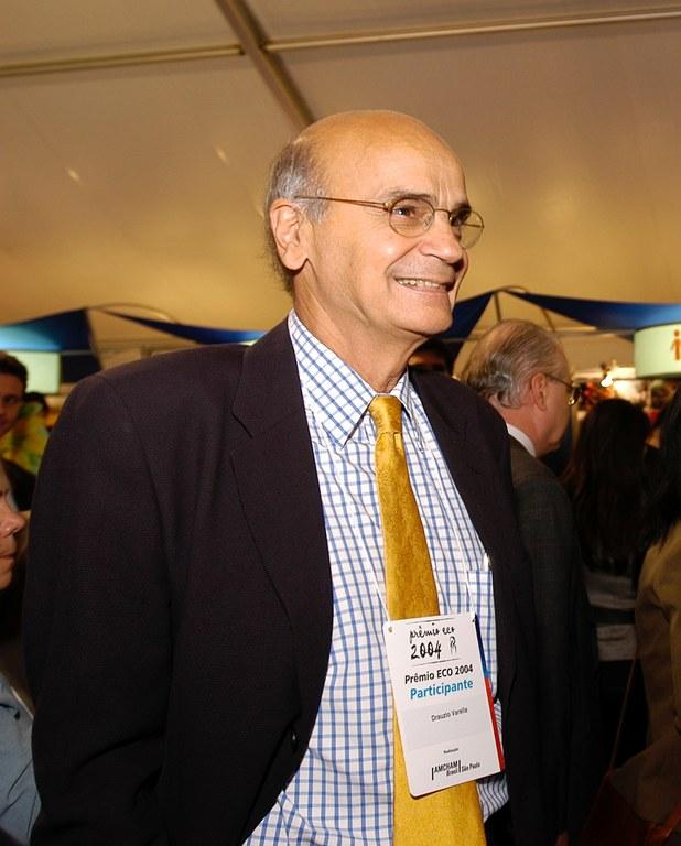 Drauzio Varella_Médico, cientista e escritor brasileiro.JPG