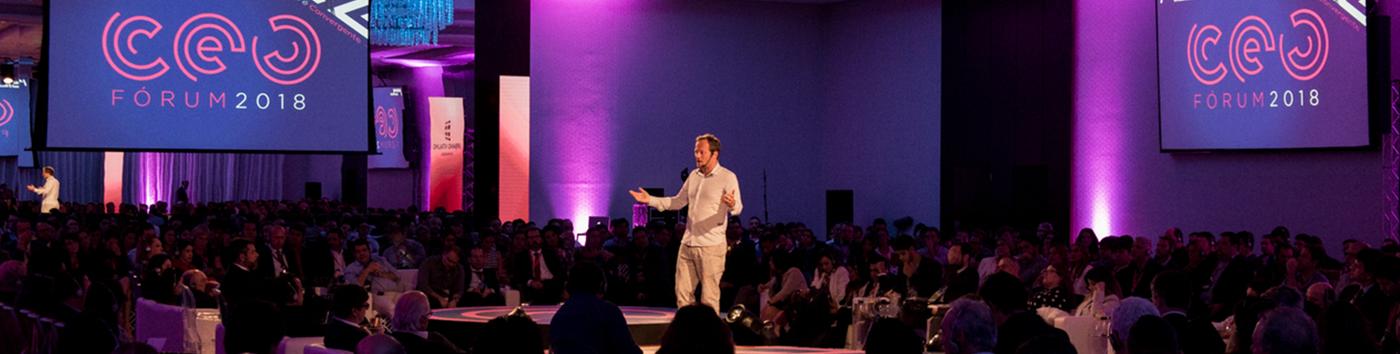 Recife – O professor da Singularity University palestrou durante para mais de 700 executivos no CEO Fórum