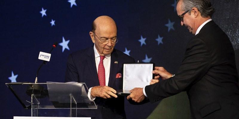 """Brasil – Documento """"Brasil-EUA: 10 Propostas para uma Parceria Mais Ambiciosa"""" foi entregue ao secretário pautando encontro oficial com o presidente Jair Bolsonaro"""
