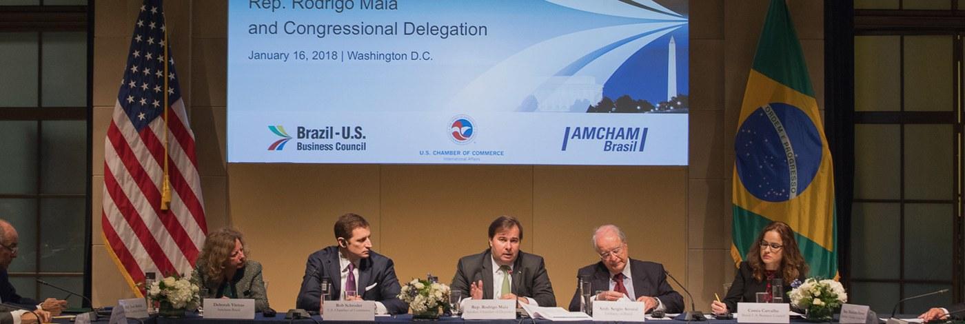 Presidente da Câmara dos Deputados participou de evento, em parceria com o Brazil-US Business Council, reafirmando a prioridade de votação da reforma da Previdência e também citou temas como a modernização das agências reguladoras e novas regras de licenciamento ambiental