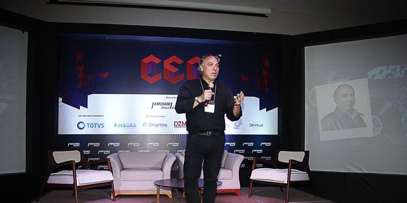Campo Grande – No CEO Fórum, empresário conta que sua trajetória foi de enxergar motivação em adversidades