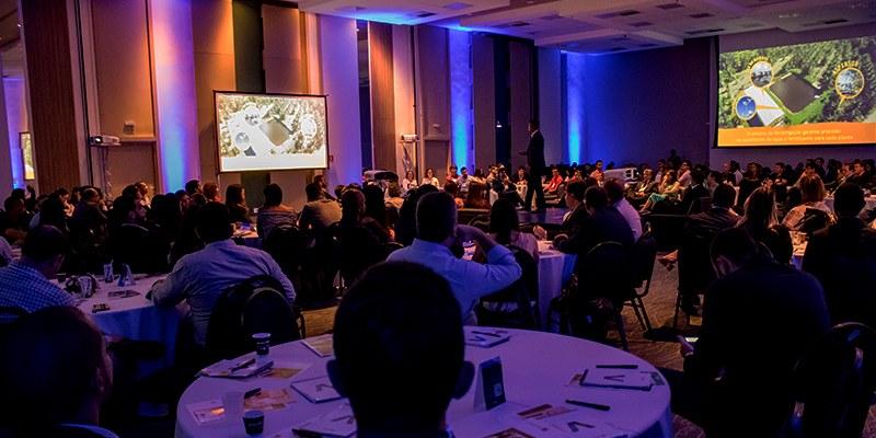 Salvador – CEO Fórum reuniu Monica Herrero (Stefanini), Márcio Barros (Ferbasa) e Roberto Lessa (Água de Coco Obrigado)