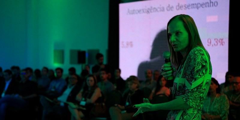Fortaleza – Encontro discutiu com empresários e especialistas como construir um estado produtivo e inovador